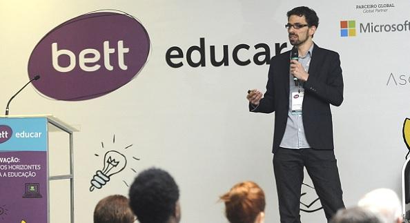 CIEB promove discussões sobre adoção de tecnologia na educação durante Bett Educar