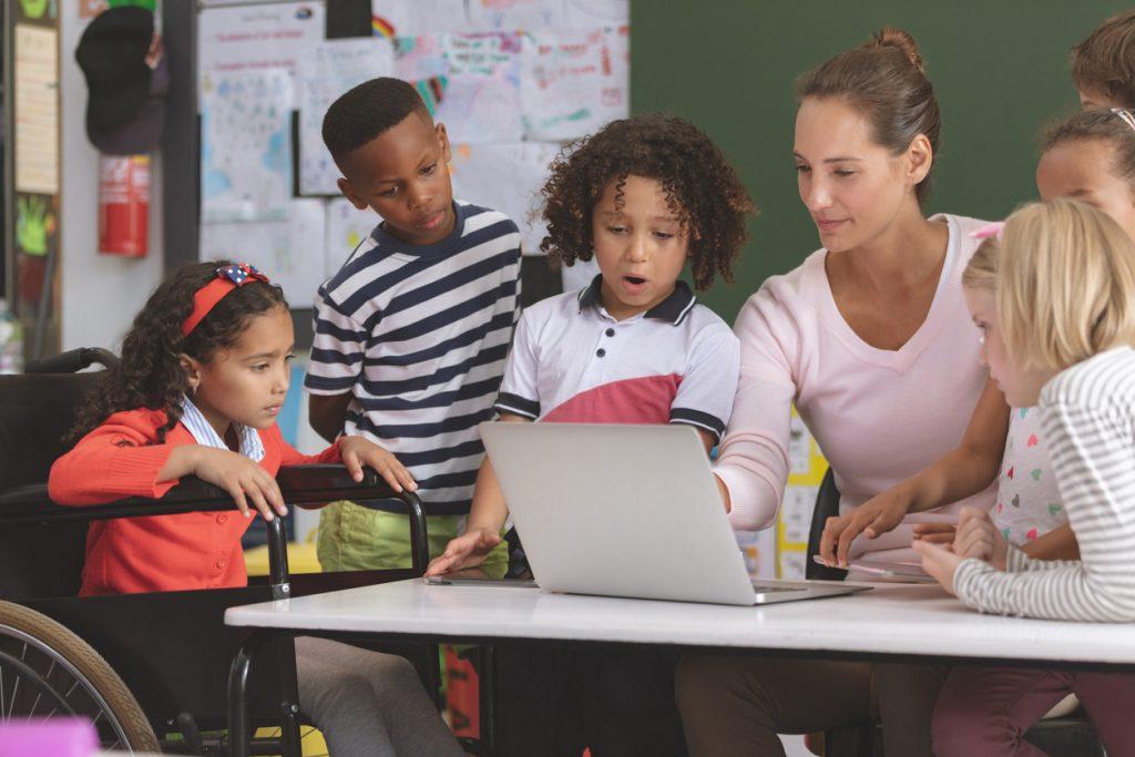 Como planejar uma aula enriquecida com tecnologia?
