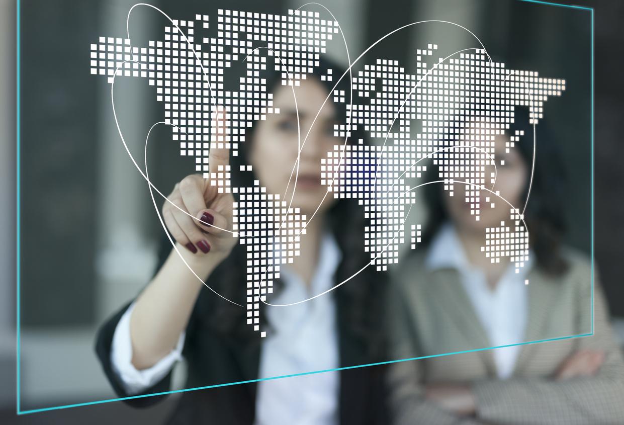 Acordo entre CIEB e ProFuturo levam o Guia EduTec a 38 países