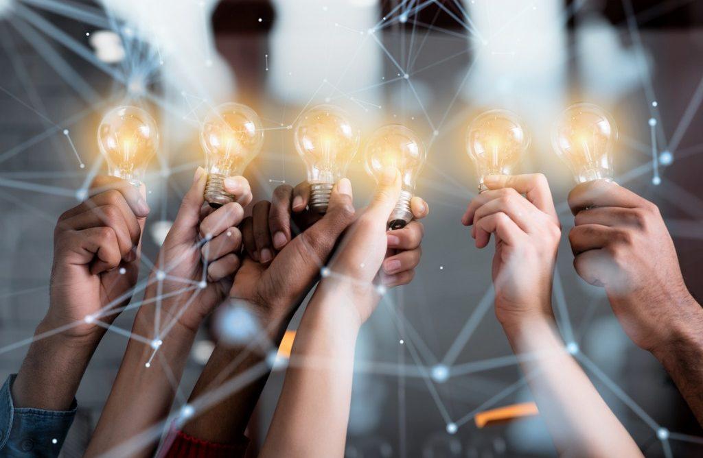 Gestores e gestoras de redes públicas de ensino compartilham conquistas e aprendizados da Iniciativa BNDES Educação Conectada