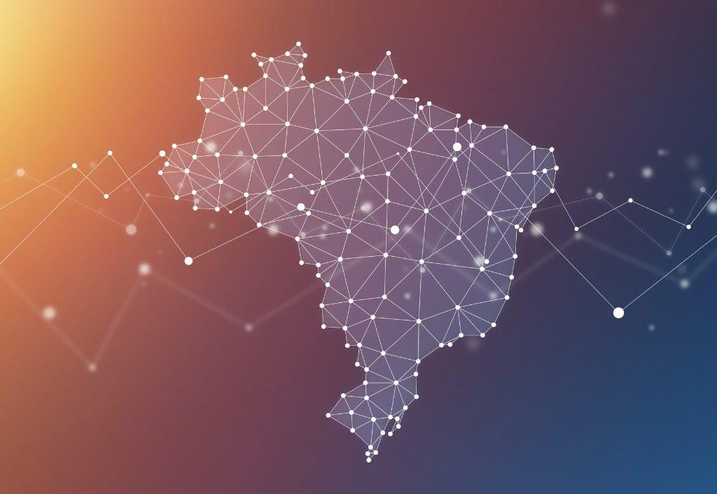 Mapa revela a situação de conectividade de 140 mil escolas municipais e estaduais