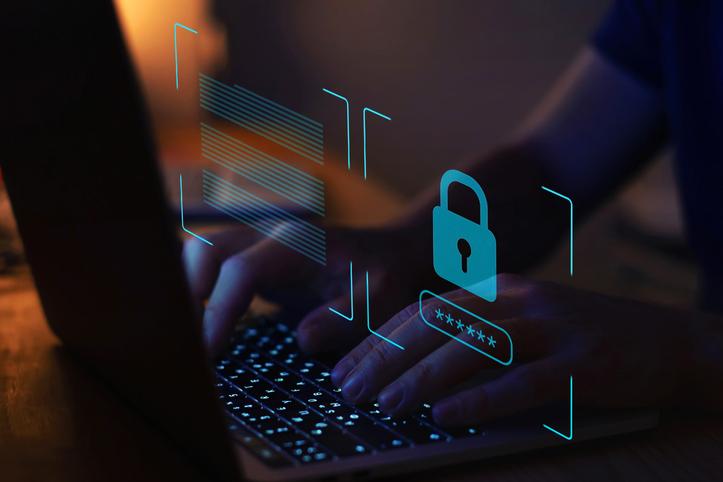 Conheça a bem-sucedida estratégia da rede municipal de Recife para proteger os computadores das escolas contra furtos e roubos